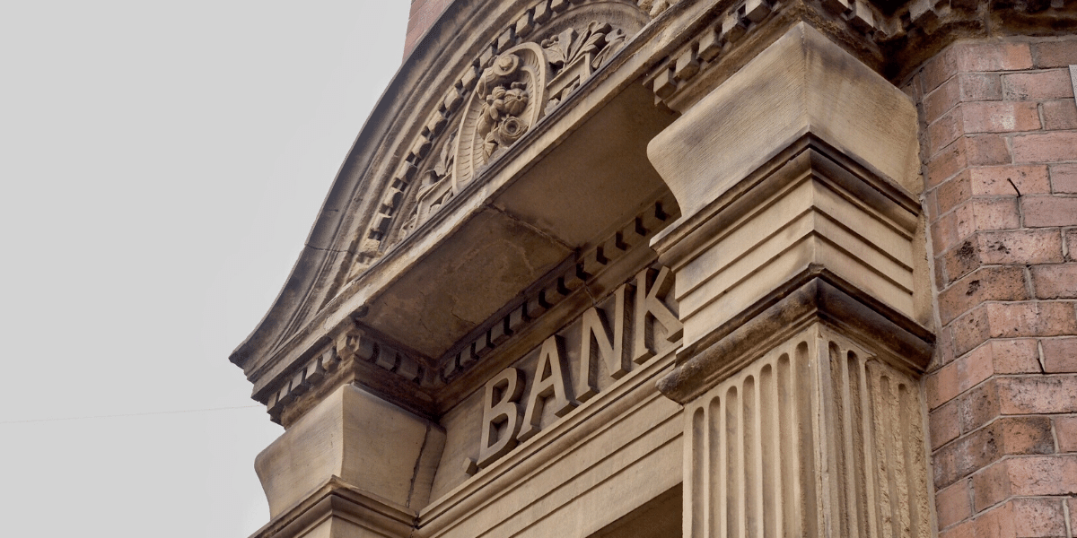 photo of bank building